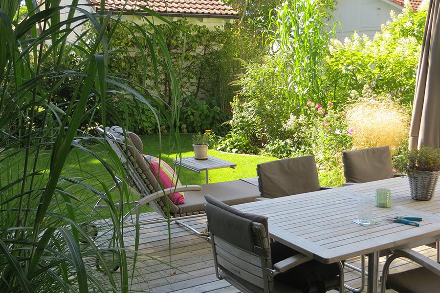 Maßgeschneiderte Gärten vom Gartenbauer Goldwerk in Putzbrunn bei München